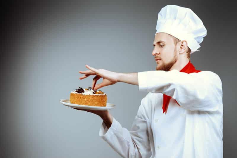 accademia del lavoro cake decorator 2 jpg
